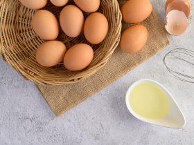 Trị Mụn Bằng Lòng Trắng Trứng Gà